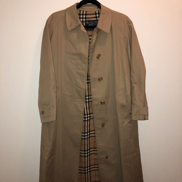 a19bbfc20 Vintage Logo Burberry Trench Coat